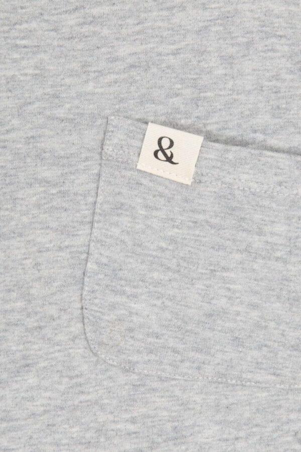 Produktfoto: T-Shirt mit aufgesetzter Brusttasche, Detail