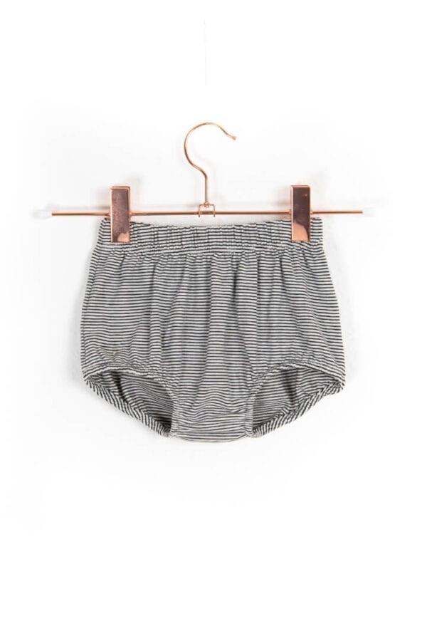 Produktfoto: Babyhöschen mit elastischem Bund, Vorderseite