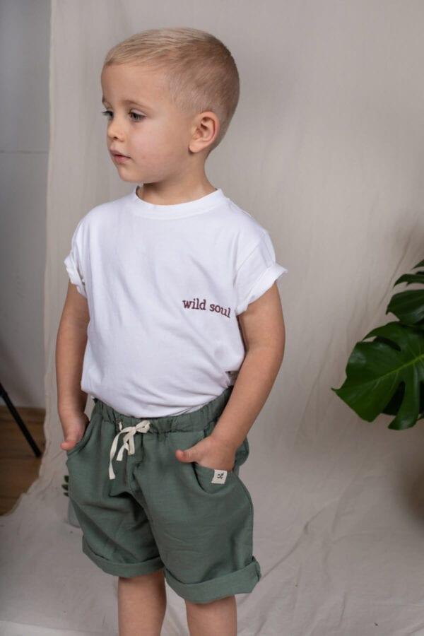 Tragebild: Leinenshorts für Kinder