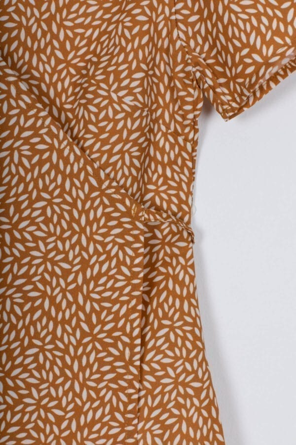Produktfoto: Wickelbluse, Detail