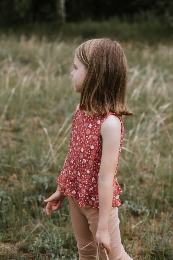 Tragebild: Top mit Schößchen für Kinder