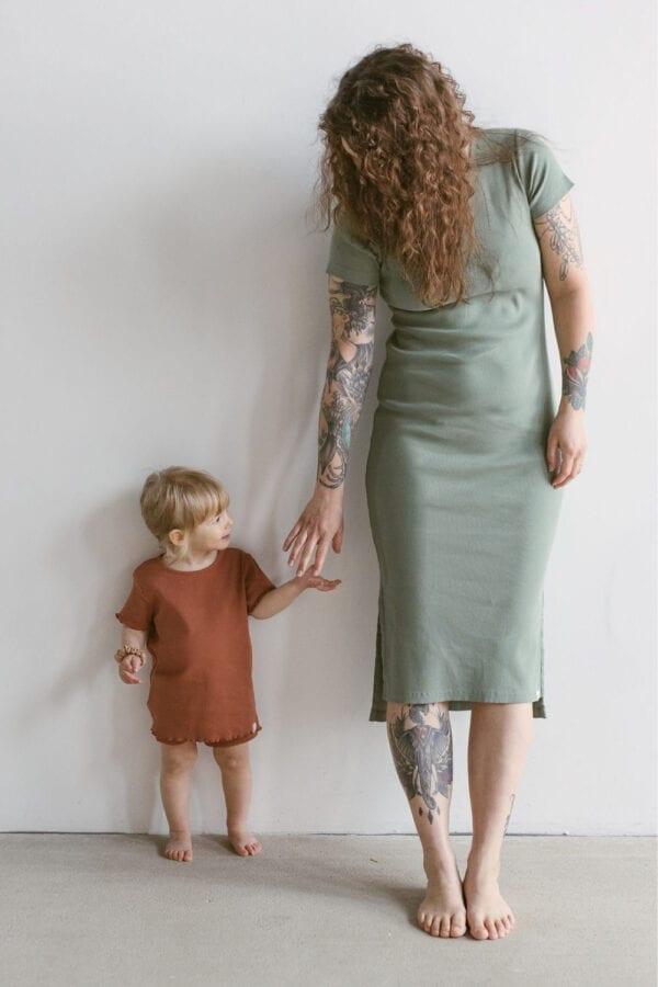 Tragebild: Rib Jersey Kleid in bough für Frauen